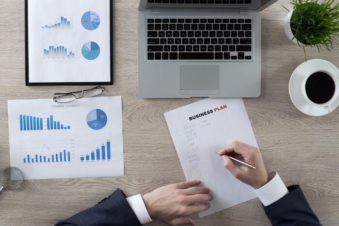 The 5 Things Your 2019 Real Estate Business Plan Needs
